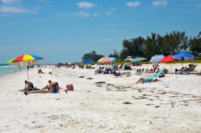 image people on Holmes beach